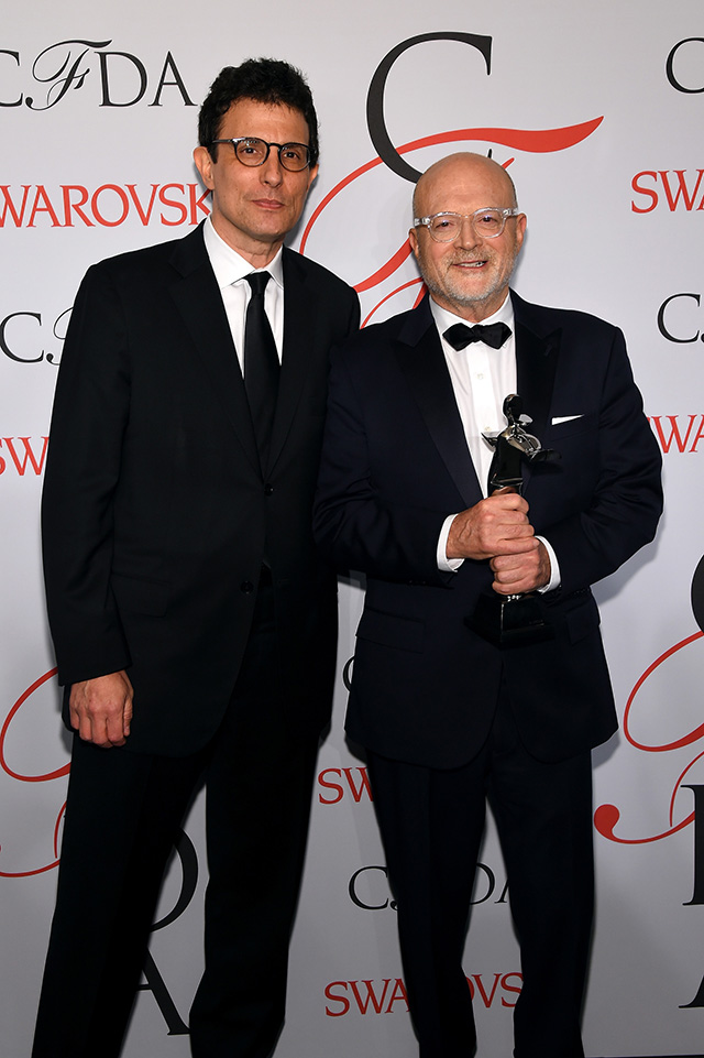 the downfall of mickey drexler a former chief executive officer ceo of the gap inc